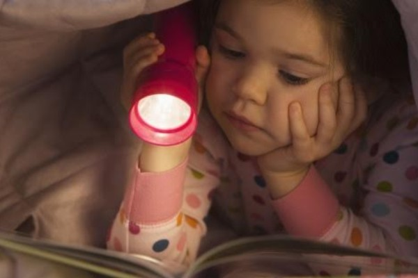 «Бог жалеет маленьких детей». Почему детская религиозная литература редко бывает хорошей литературой?