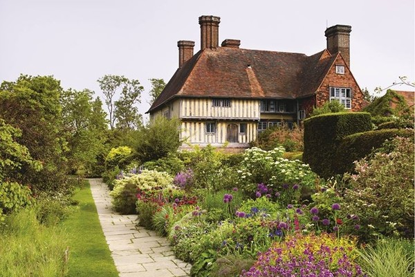 Great Dixter: History, House, and Garden