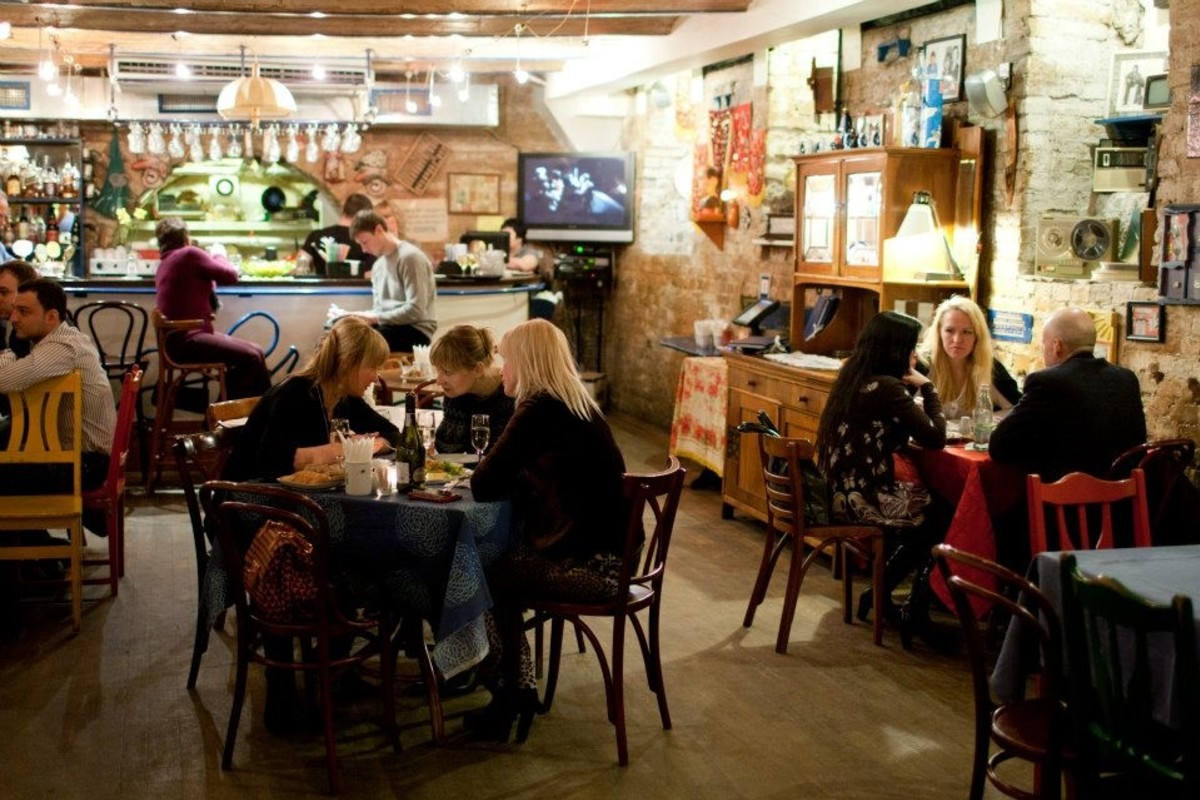 Петрович москва ресторан клуб центральный шахматный клуб москвы