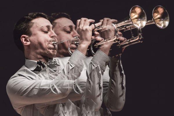 Воскресный бранч с джазовым ансамблем Петра Востокова