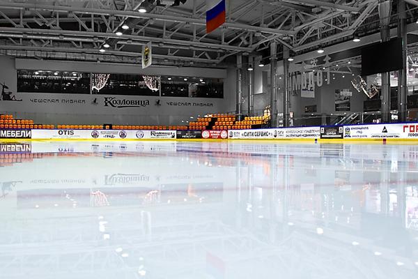 "Каток в хоккейном комплексе ""ГРАД"""