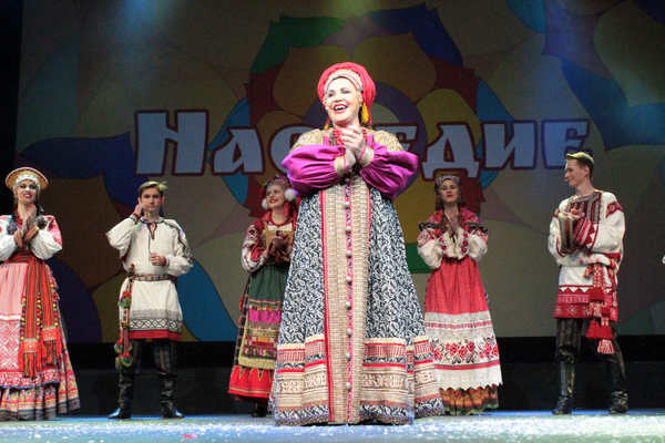 Русская песня (основная сцена)