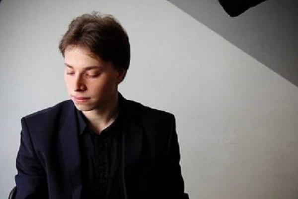 Новогодний концерт «Брызги шампанского. Звуки рояля»
