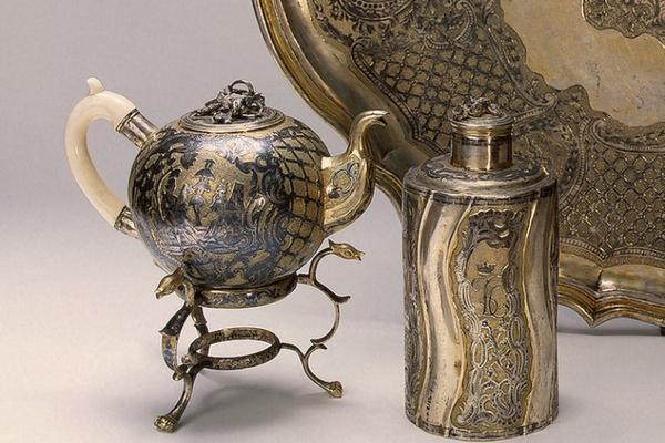 Изделия из драгоценных металлов XVI - XX вв. Коллекция Эрмитажа