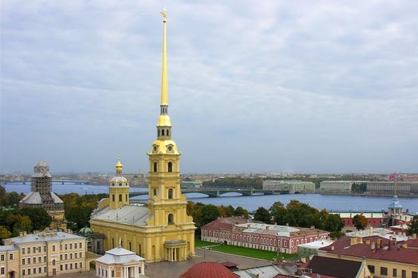 Три века над городом. История колокольни Петропавловского собора