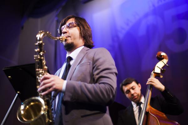 Кирилл Бубякин (тенор-саксофон) и молодое поколение петербургского джаза