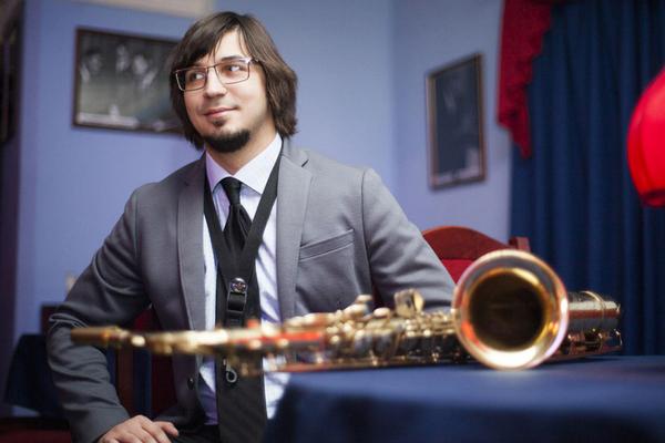 """Тематический концерт для школьников """"Инструменты в джазе"""""""