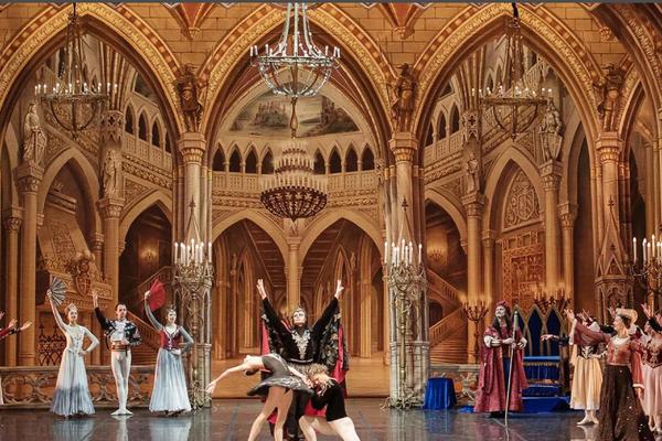 Санкт-Петербургский театр балета им. Чайковского