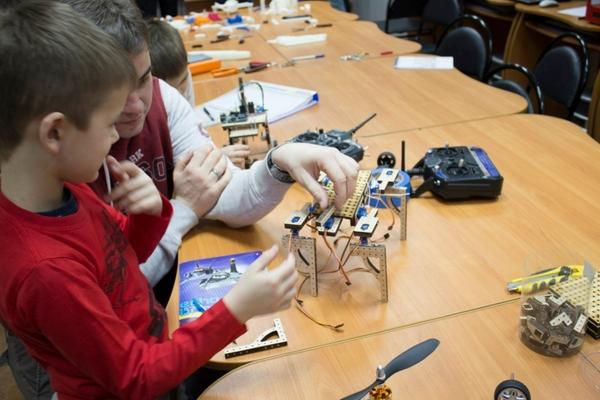 Education Robots на Менделеевской