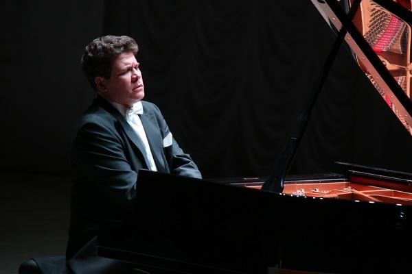 Денис Мацуев. Концертная программа «Джаз в кругу друзей»