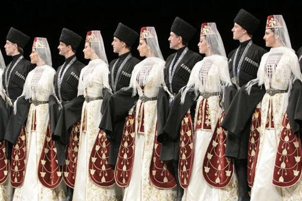 """Государственный академический ансамбль танца """"Алан"""""""
