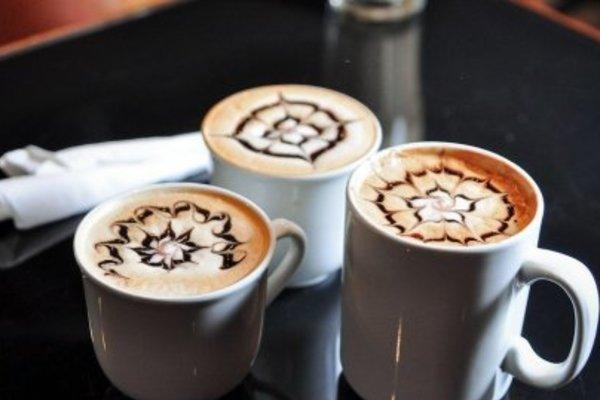 Кофе Хауз на Культуры