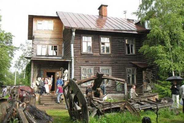 Деревня художников в Озерках