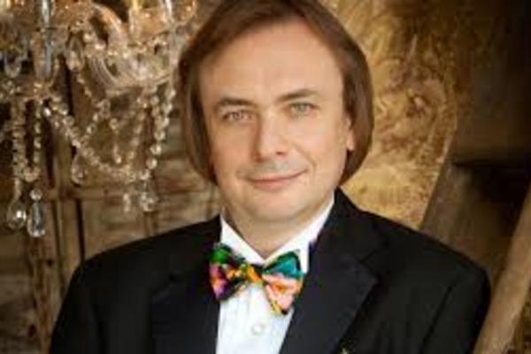 Валерий Кулешов