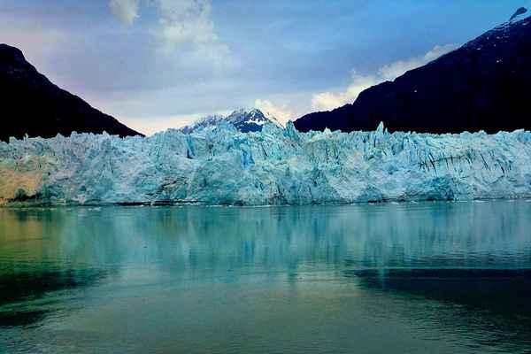 Станислав Кутузов: «Память ледников: что можно узнать, если очень долго смотреть на лед»