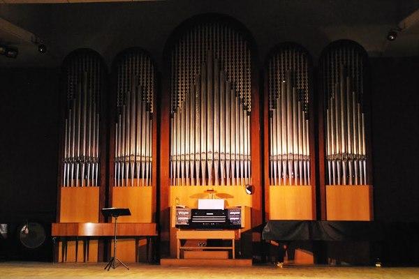 Зал органной и камерной музыки А. Ф. Дебольской