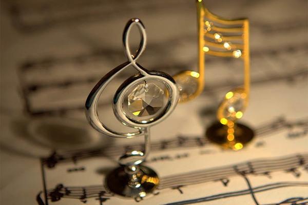 Бархатные вечера с оркестром