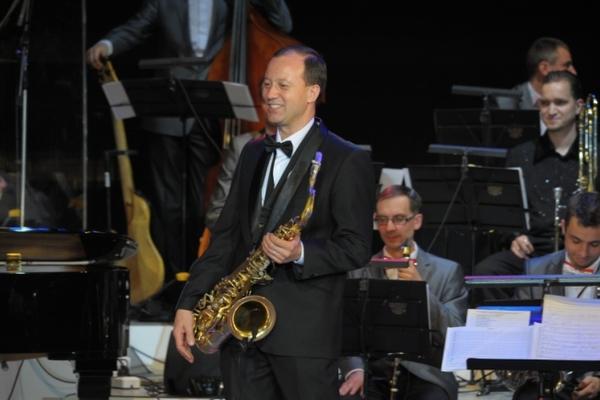 Романтический джаз. Платон Газелериди (фортепиано) и Марк Иванцов (саксофон)