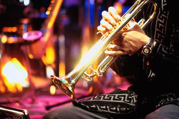 И только джаз...