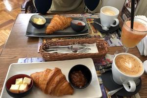 23 Cafe Boulangerie