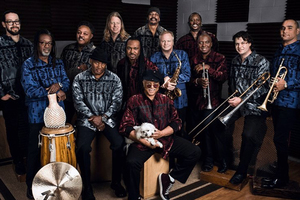 Al Mckay's Earth, Wind & Fire Experience