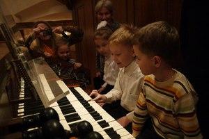 В гостях у короля музыкальных инструментов. Рождество с органом