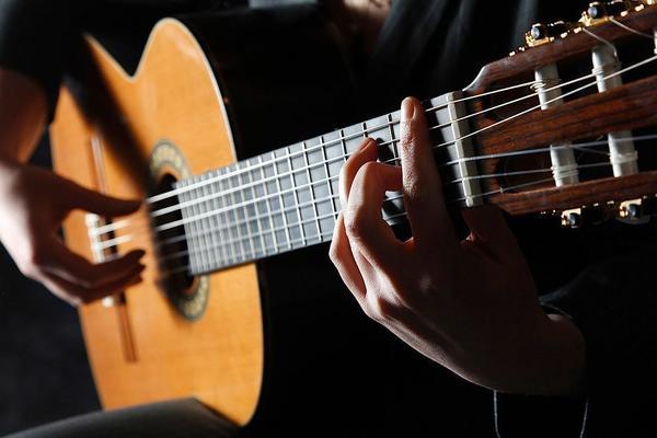 Орган и гитара. Карта Испании