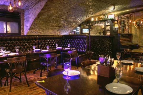 Gallery Bar 1857