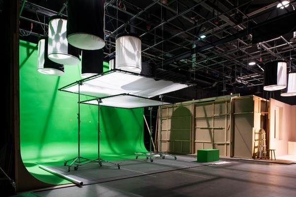 Экскурсия в съемочный павильон Московской школы кино