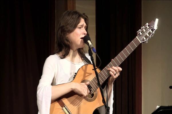 Елена Фролова «Эй, друг-гитара»
