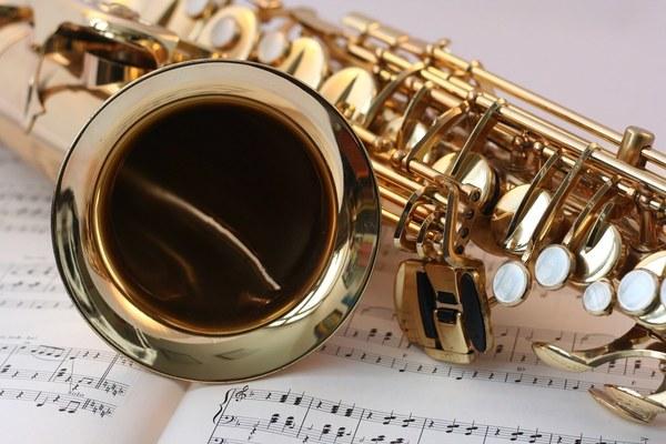 Орган и саксофон - не только джаз