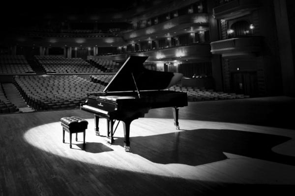 Рояль vs Баян – два Рима. Музыкальная битва двух миров от классики до современности.