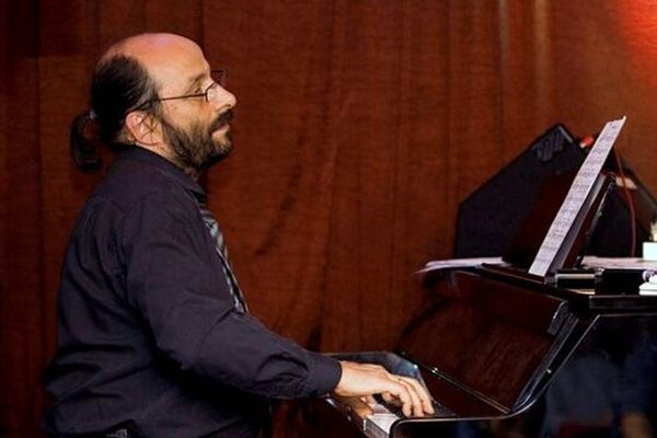 Лекция-концерт. Рояль — король джазовой сцены. Трио Евгения Гречищева