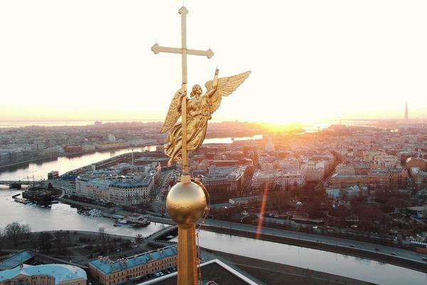 Город под защитой ангелов