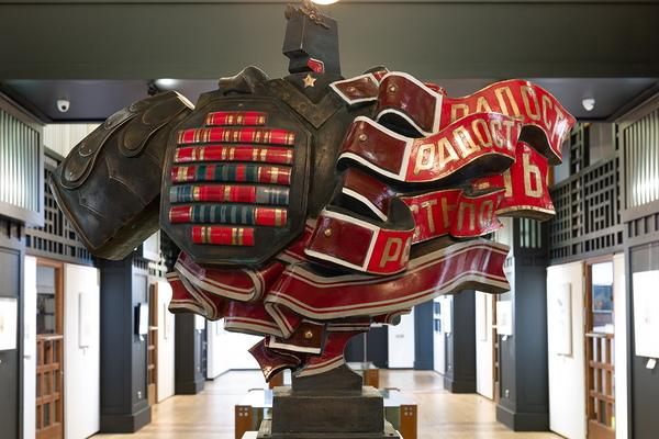 Портрет войны в трех измерениях. Графика / Скульптура / Фотография
