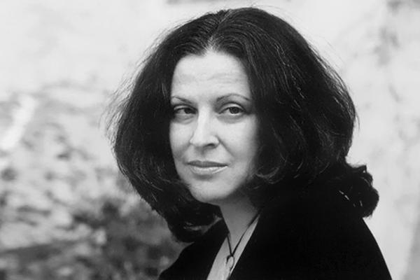 Гали-Дана Зингер. Онлайн-чтения и разговор с поэтессой