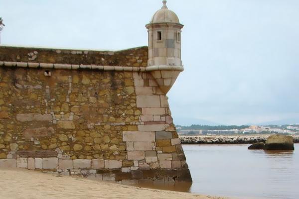 Моссалит путешествует. Воспоминания о Порту