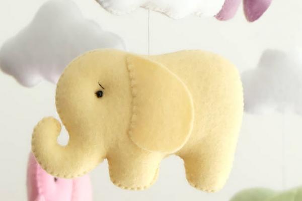 Слоник из фетра