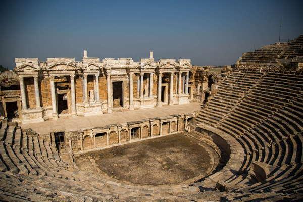 Античная драматургия. Театр в Древней Греции