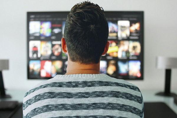 Как смотреть кино