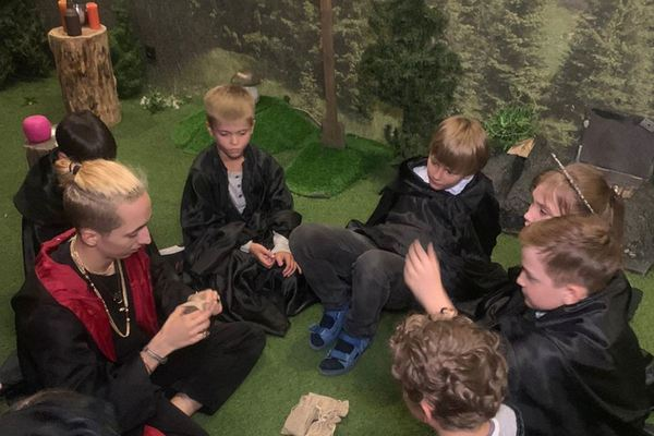 Школа чародейства и волшебства