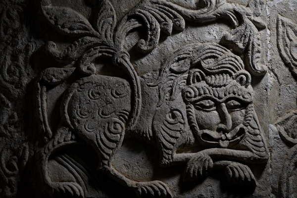 Животные в резьбе белокаменных храмов Древней Руси