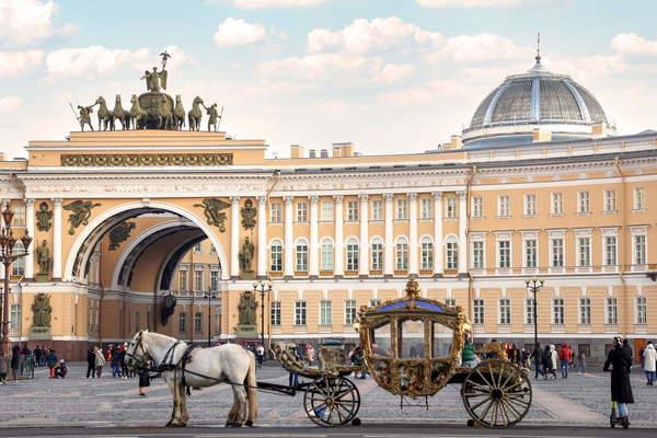 Петербург революционный