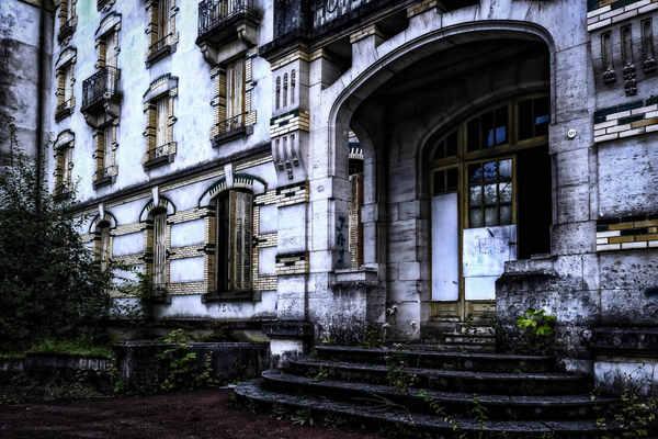 Загадочный отель