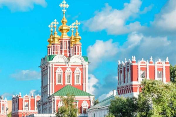 Новодевичий монастырь и окрестности: жемчужина Москвы