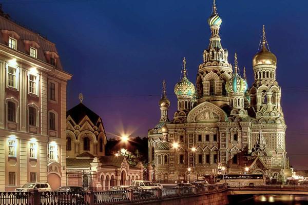 Познавательная прогулка по Петербургу