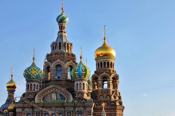 От Дворцовой площади до Казанского собора