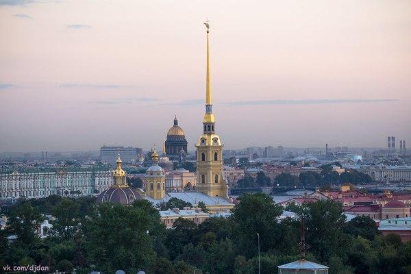 По крышам Санкт-Петербурга