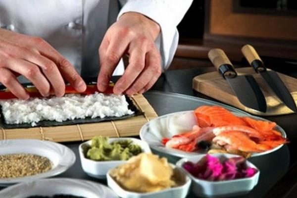 Повар Японской кухни