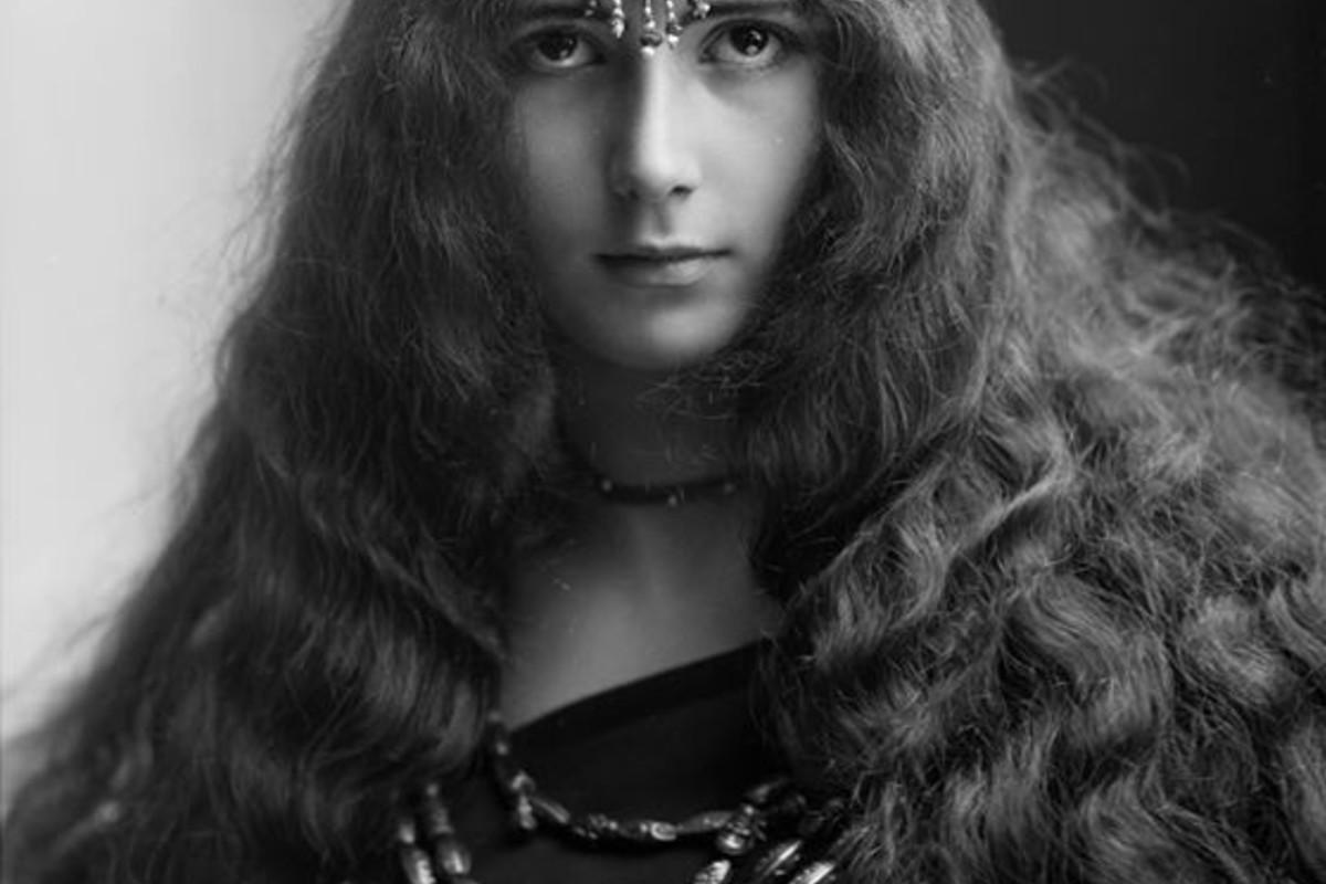Поздравляю, красивые женщины 19 века фото